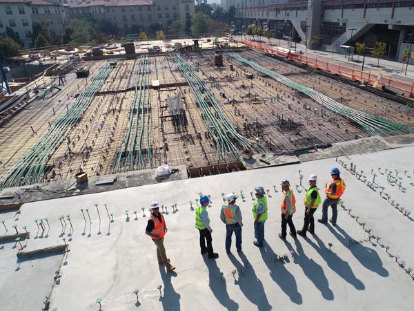 Leistung - Durchführung von internen- und externen Bauvorhaben